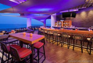 Sheraton Kona review, Sheraton Kona Resort review, romantic trip idea, best Hawaii resort, top honeymoon resort, Bliss Honeymoons review